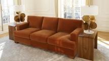 <h5>Appartement parisien</h5><p>Canapé et table d'esprit J-M Frank fabriqués sur mesure.</p>