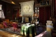 <h5>Chateau d'Azay le Rideau</h5><p>Restauration de sièges pour le salon Biencourt </p>