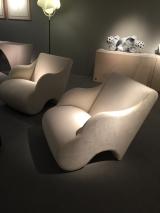<h5>Martin Szekely</h5><p>couverture de deux fauteuils de Martin Szekely pour la galerie Mouvements Modernes au PAD LONDON 2017</p>