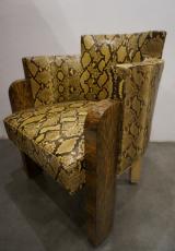 <h5>Michel Dufet</h5><p>Très rare paire de fauteuils de bureau de Michel Dufet en peaux de Python teintées sur mesure (collectionneur privé)</p>